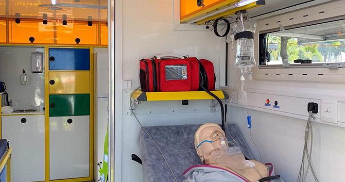 HEMOSTAZ ⎮ Matériel médical intérieur de notre UMS avec mannequin