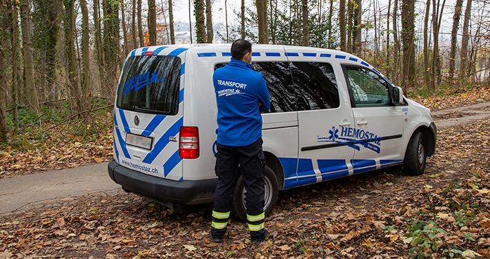 HEMOSTAZ ⎮ Transporteur et véhicule de notre service TPPMR